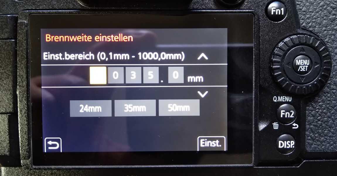 Brennweite an der Kamera für ein adaptiertes Objektiv anbringen, um die kamerainterne Bildstabilisierung nutzen zu können